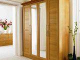 Lemari Pakaian Kayu 4 Pintu